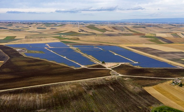 Largest solar plant in Italy links into the grid