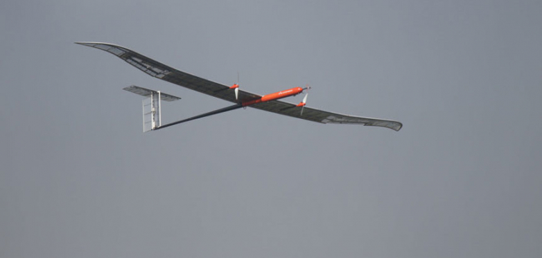 Solar-powered unmanned aircraft with lithium-sulfur battery